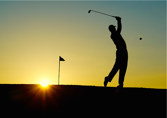 golf swing imbalance, golfing, professional golfer