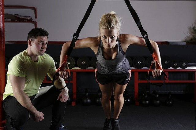 fitness coach, proper form TRX, ropes exercise