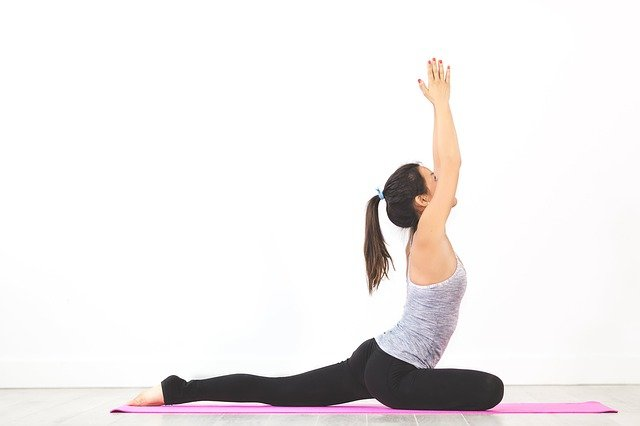 neck stretching, stretches for shoulder pain